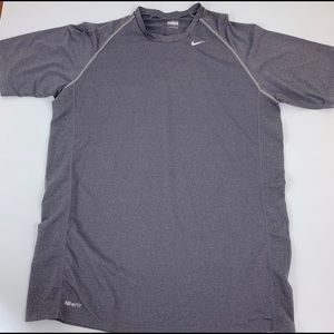 Nike FitDRY Gray T-Shirt Athletic Large